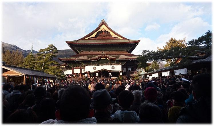 2019年善光寺は凄い人!